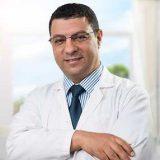 دكتور إبراهيم العطار باطنة عامة في الجامعة جدة